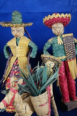 """Vintage Spanish Mexican Weaved Straw Family 9"""" Figure Dolls Collection Souvenir"""