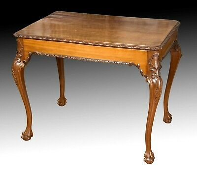 Writing table. Mahogany. 19th century.