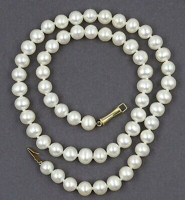 VINTAGE Creamy White Strand of Freshwater PEARLS with 14ct Yellow Gold Clasp