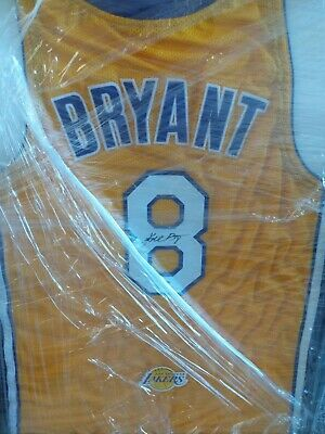 26bd8527005 LOS ANGELES LAKERS Kobe Bryant Autographed Signed  8 Gold Jersey Psa ...