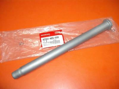 GENUINE HONDA Rear Wheel Spindle/Axle To Fit: CBR600RR 2003-2006 (42301MEE000)