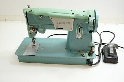 Vintage Singer Model 327K Sewing Machine With Foot Pedal ~ Runs Nice