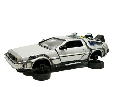 Welly 1:24 DMC-12 Delorean Fly Mode Time Machine Back To The Future 2