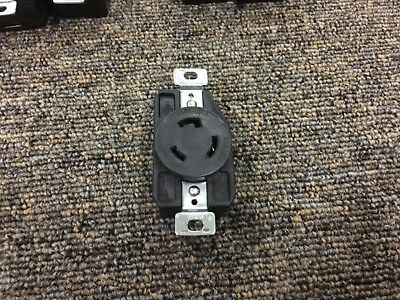 COOPER NEMA L6-20R 20A 250V Twist Hart-Lock Locking Receptacle