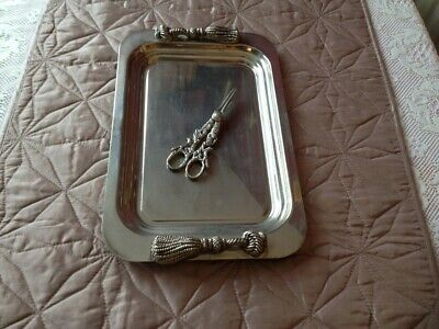 Silver plated tray & grape sissors. Marked, see picture please