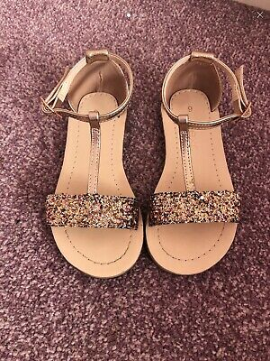 5c7c5bd44 GIRLS SPARKLY SANDALS From Next Size 9 - £3.60