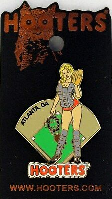 HOOTERS WAITRESS GIRL HOLDING MEXICAN FLAG SUNSET ROSWELL GA GEORGIA LAPEL PIN