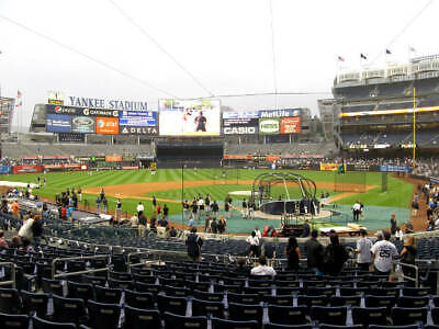 2 Tickets Yankees vs Mariners 5/9 Yankee Stadium Field MVP Section 121A Row 14