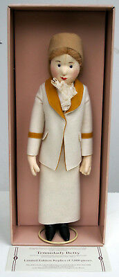 1986 Replica limit wie neu in OVP! Steiff Filzpuppe Tennislady Betty von 1913