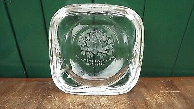 1977 Silver Jubilee of the Queen Large square dish Very Heavy Well Engraved