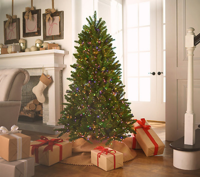Santa S Best Pre Lit Cumberland Spruce Christmas Tree Remote