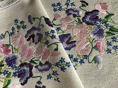 Stunning Vintage Hand Embroidered Table Runner ~ Sweet Peas/forget Me Nots