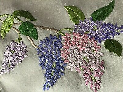 Beautiful Vintage Hand Embroidered Table Runner ~ Lilac Blossoms