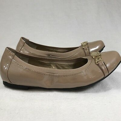 f79ba7f6e243 Me Too Women's Sz 6 M Tan Beige Comfort Ballet Flats Gold Toe Buckle Detail