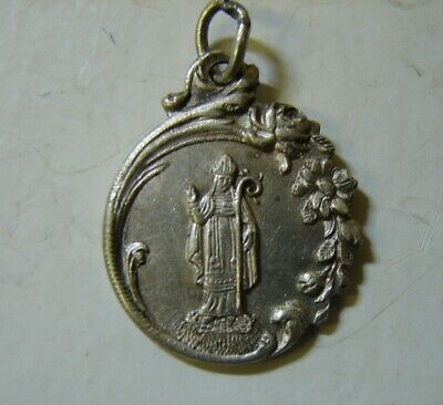 Y8. very beautiful and old brass  medal of holy Germain