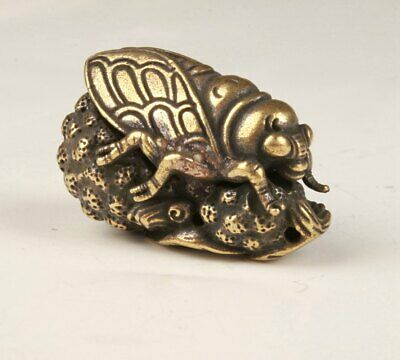 Rare Chinese Brass Hand-Carved Cicada Statue Figurine Old Collection