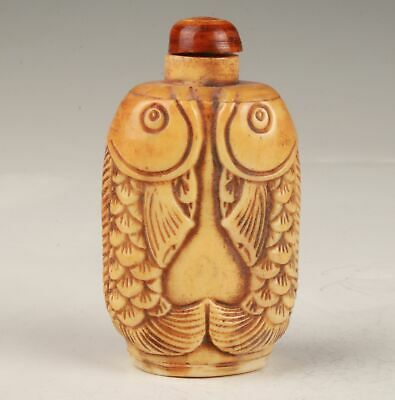 Unique Chinese Cattle Bone Hand Carving Fish Snuff Bottle Gift Collection