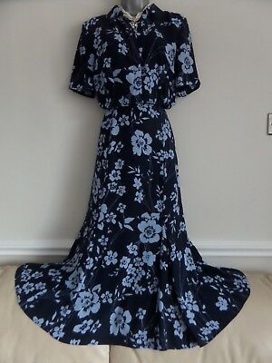 215325f448 Marks & Spencer Navy Blue Floral Print Flared Skirt With Matching Blouse  Size 12