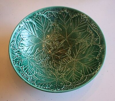 "Wedgwood Green Leaf English Majolica 11"" Diameter Bowl Excellent Condition"