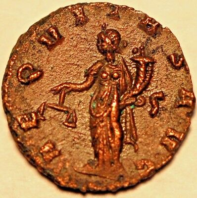 268 - 270 Ancient Roman Coin . Claudius II Antoninianus.