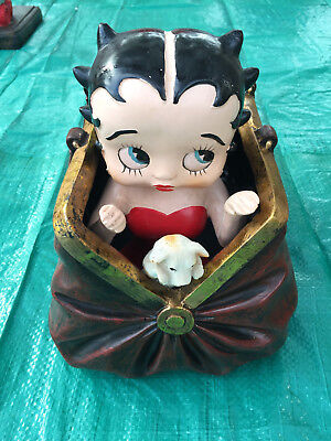 Betty Boop Figural Fountain w// LED Ligth Resin WATER HOME DECO FIGURE