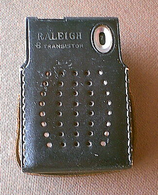 1960s Vintage RALEIGH model HT-8057 Eight TRANSISTOR RADIO with case - untested