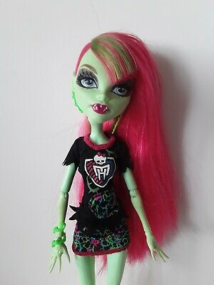Venus McFlytrap Ghoul Spirit Monster high doll excellent used condition