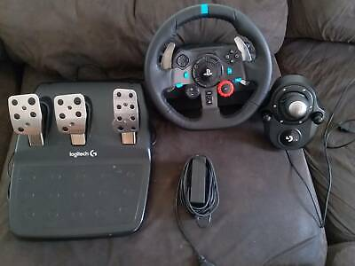 Logitech G29 Driving Force Racing Wheel w/ Gear Stick PS4 and PS3