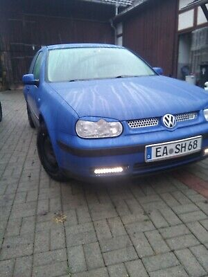 VW Golf 4 Color Edition 1.6