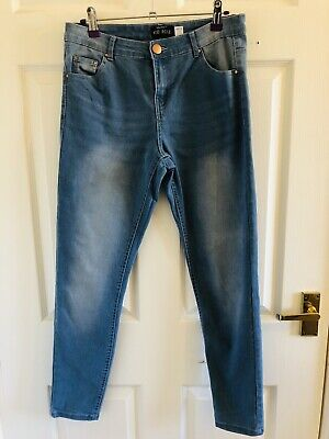 Light Blue Select Mid Rise Jeans Size 8 (803)