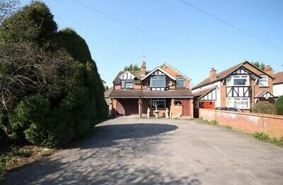 5 Bedroom Detached House with Large Garden, 35 miles outside of North London