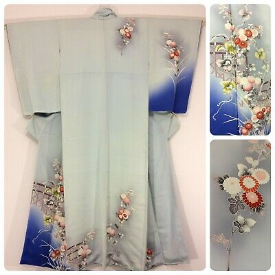 Japanese women's kimono, baby blue, flowers, silk, medium, Japan import (F2506)