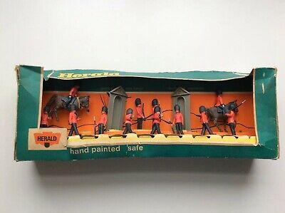 Britains Herald British Guards Boxed Set