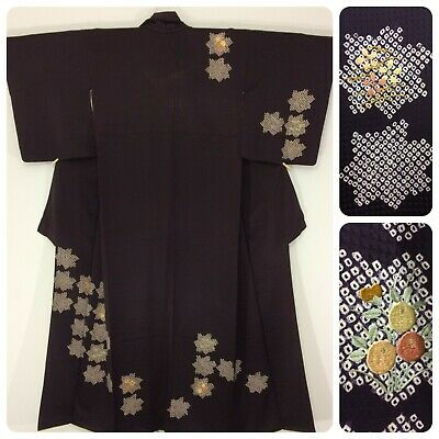 Japanese women's kimono, aubergine colour, medium, embroidered (AO2508)