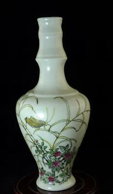chinese old hand-made pastel porcelain hand painted grasshopper vase