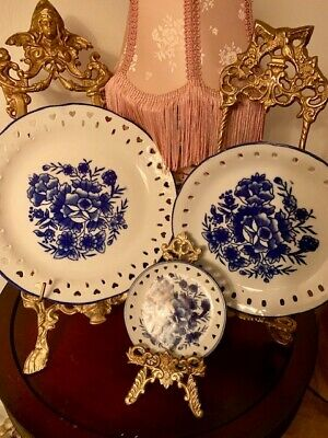 Vintage  Set of 3 Reticulated Plates Blue & White