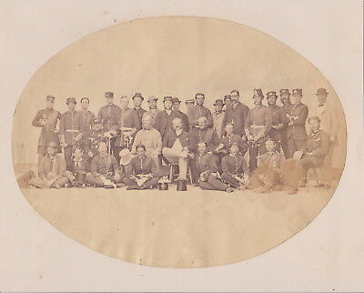 GRENADIER GUARDS Officers Soldiers Civilians * VINTAGE c1860s Albumen Photograph