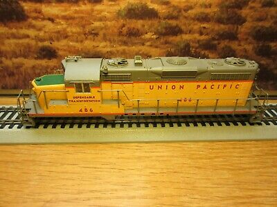 Ho Scale Proto Gp-7 Union Pacific Diesel Locomotive Shell #486