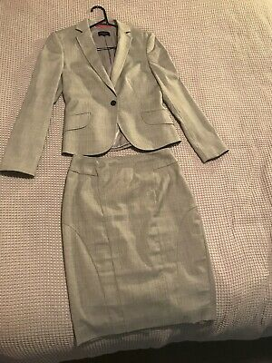 Oxford Womens Suit Size 8