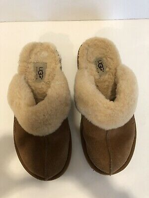 aad5c02e203 UGG 5317 WOMENS Leather & Sheepskin Slippers Shoes Size 7 - $35.98 ...