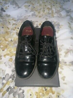 Girls Clarks Black Patent Leather Brogue Lace Up School Shoes Size UK 1.5 E