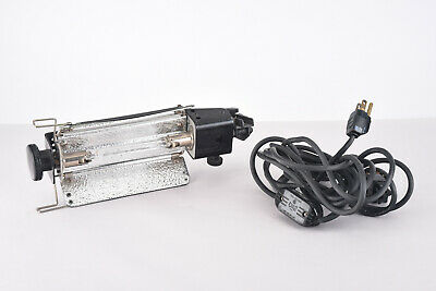 Lowel TOTA Continuous Tungsten Focus Flood Light with Bulb Cord Barndoors V93