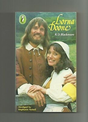 Lorna Doone by R.D. Blackmore (Puffin Paperback 1981) Abridged Version