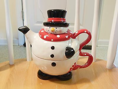 St Nicholas Square Snowball Buddies Christmas Tea Coffee Chocolate Pot Mug Set