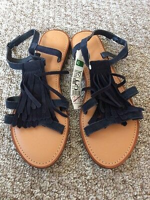 United colors of Benetton Women's Black suede sandals at size UK7 EU40.NEW