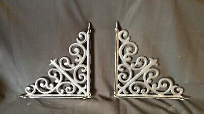 Pair Of Cast Iron Brackets Garden Braces Rustic Shelf Bracket Black Vintage