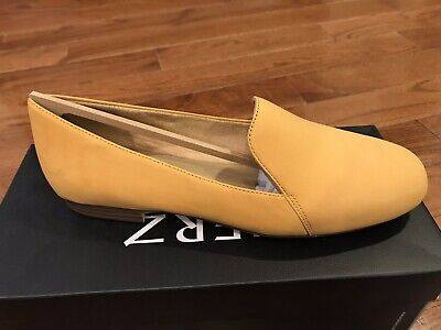 7684d74cb11 NATURALIZER EMILINE CLASSIC Slip On Loafers Tuscan Yellow 7.5N (Narrow) -   54.99