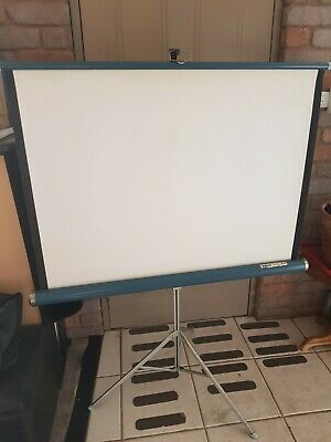 Knox Four Hundred Projector Screen