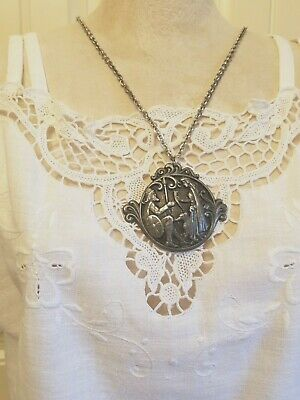 Vintage Iceland viking King & queen pewter pendant medallion necklace