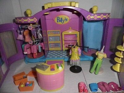 Mattel 1999. Polly's Boutique/Fashion Dress shop + Extras. Very good condition.